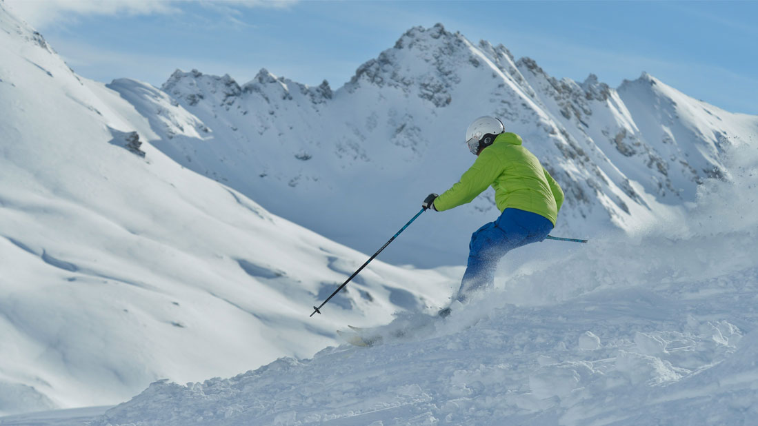 Ski lessons for all levels
